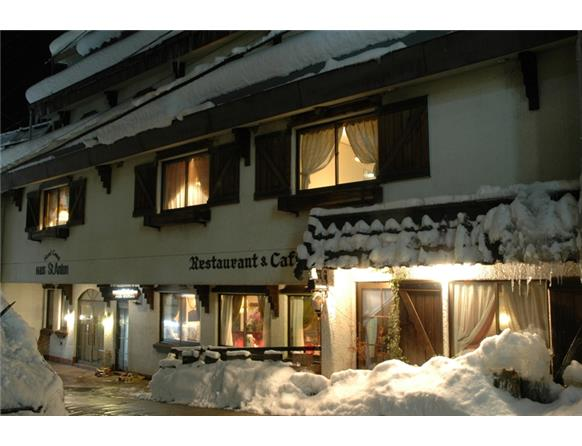 haus st anton | accommodation | nozawa onsen village | nagano, Wohnideen design