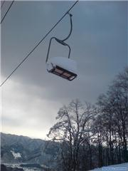 Kamo4 chairlift, uploaded by Mick Rich  [Hakuba Iwatake Snow Field, Hakuba Village, Nagano]