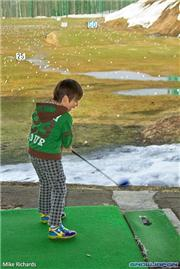 Akira MacKenzie at Kutchan driving range, uploaded by Mike Pow