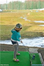 Kyla MacKenzie at Kutchan driving range, uploaded by Mike Pow