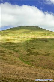 Sugar Loaf Mountain, Black Mountains, Wales, uploaded by MikePow