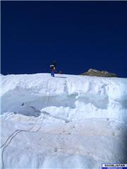 A quick ice screw, and off we went. Was fun fun fun., uploaded by SerreChe