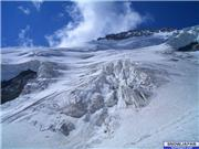 Beautiful mountain, but you do not want to hang around too long under the seracs., uploaded by SerreChe