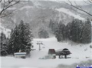 NASPA Ski Garden on 19th Mar 07.  (Please note that there is less snow there at time of uploading this photo)., uploaded by  YuzawaNow  [NASPA Ski Garden, Yuzawa Town, Niigata]